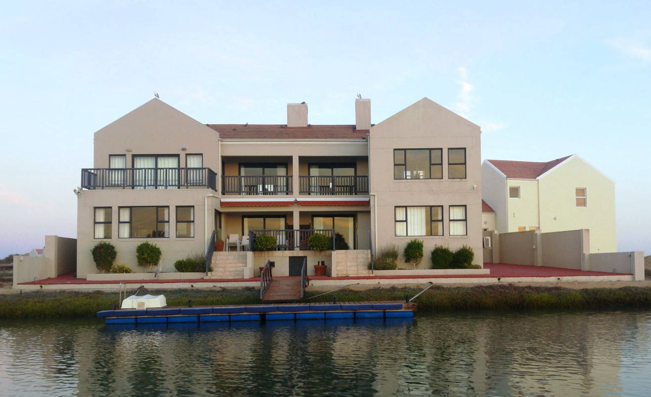 Davids House From The Water 1317x805